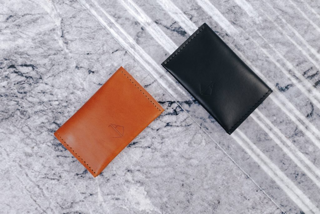 leather card holder bowie