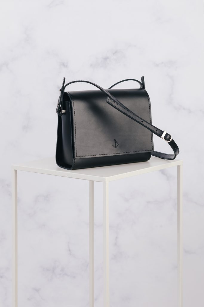 handemade minimalist leather shoulder bag inez