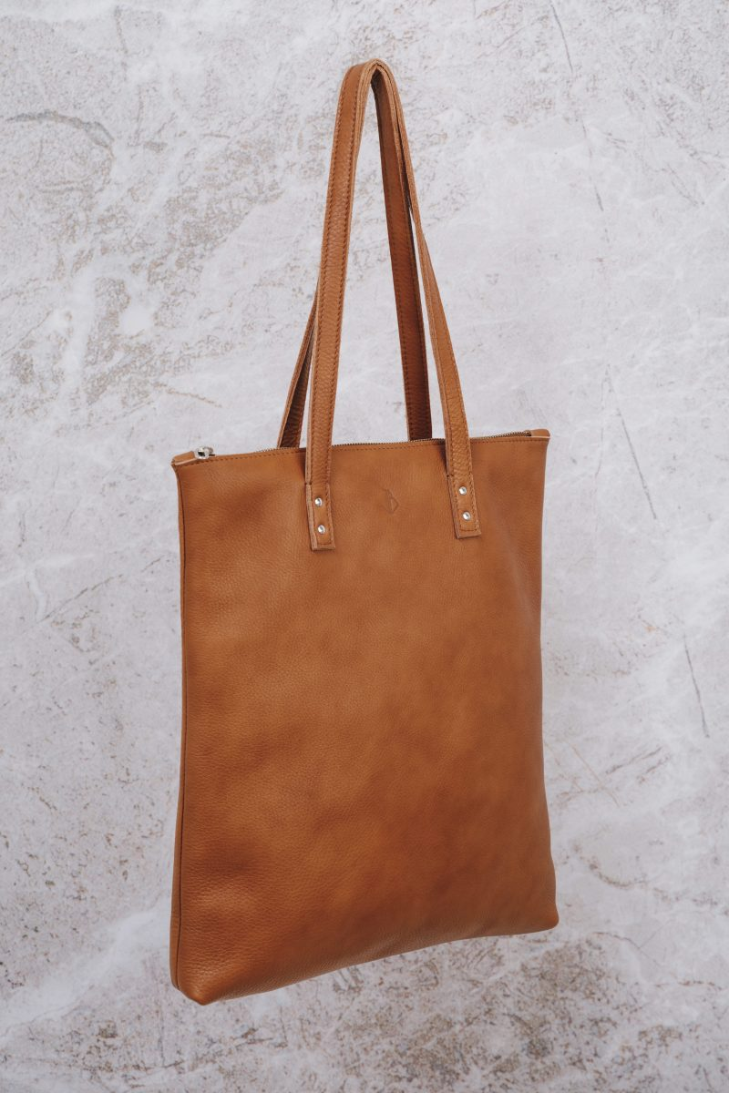 handmade shopper with zipper mae