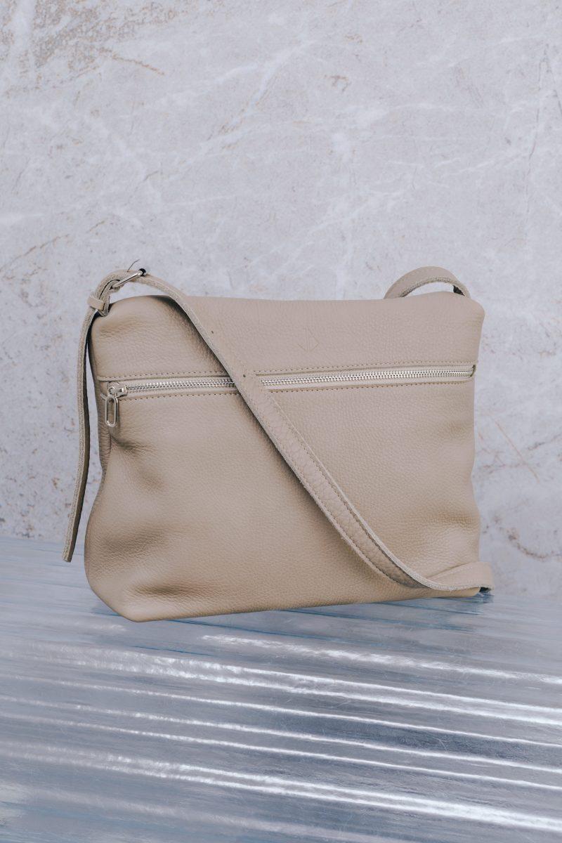 handmade leather shoulder bag viq