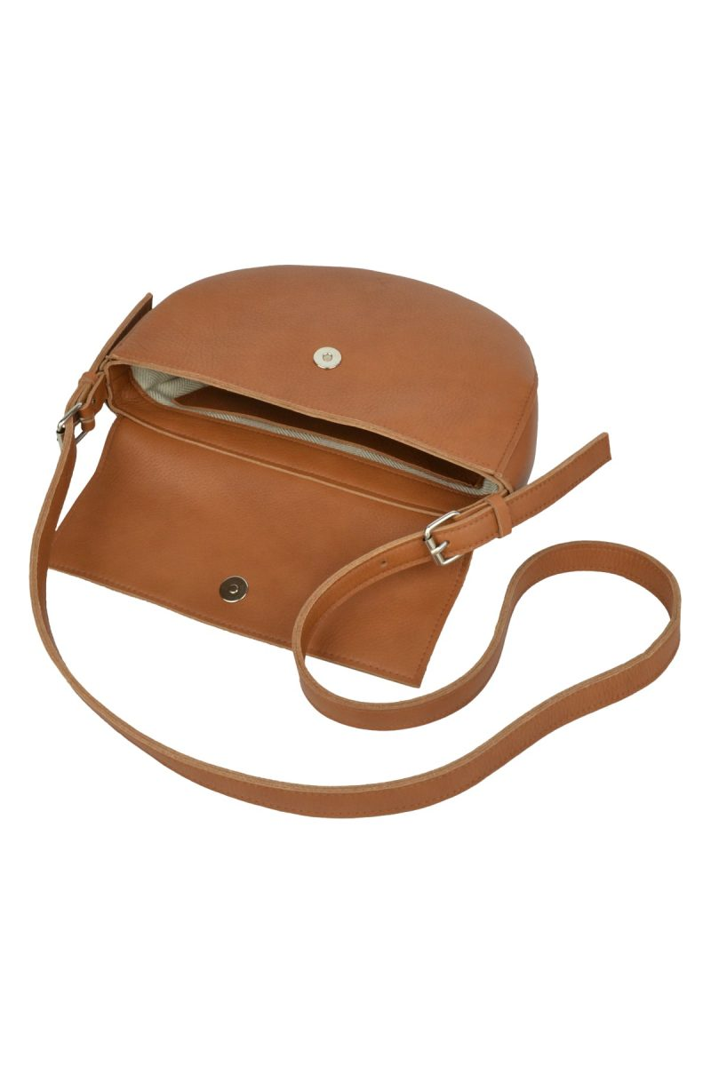 handmade leather shoulder bag bodil cognac inside