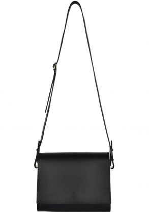 minimalist leather shoulder bag inez onyx front