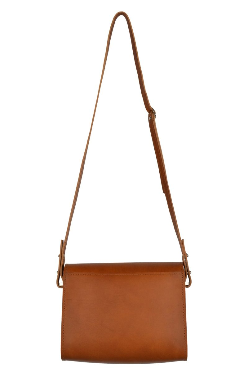 minimalist leather shoulderbag inez rust back