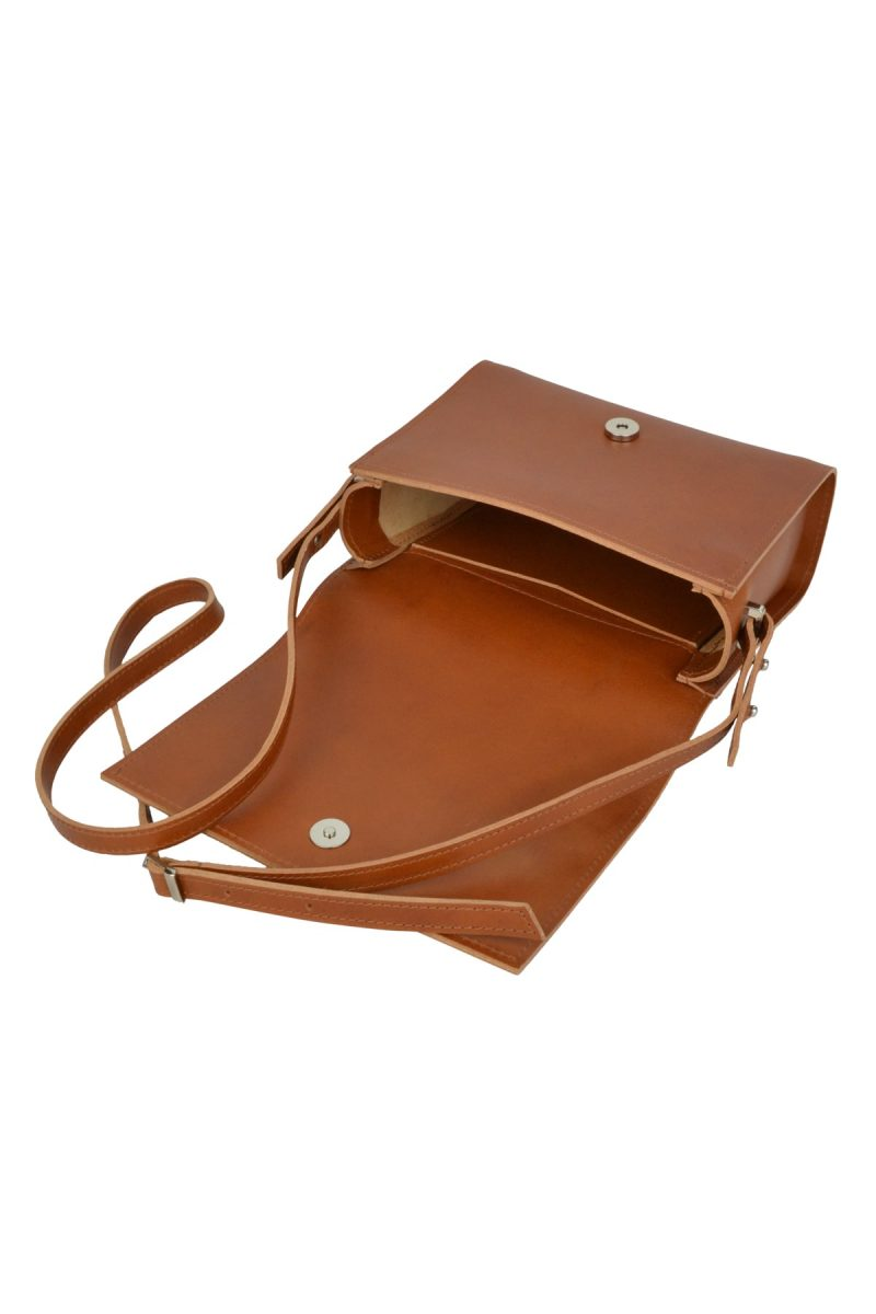 minimalist leather shoulderbag inez rust inside